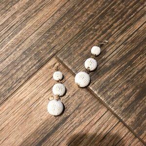 Jewelry - Earrings worn never